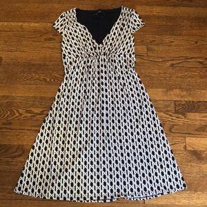 Laundry dress size 4